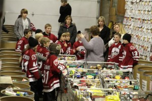 Jr Hockey Teams Supporting and Helping